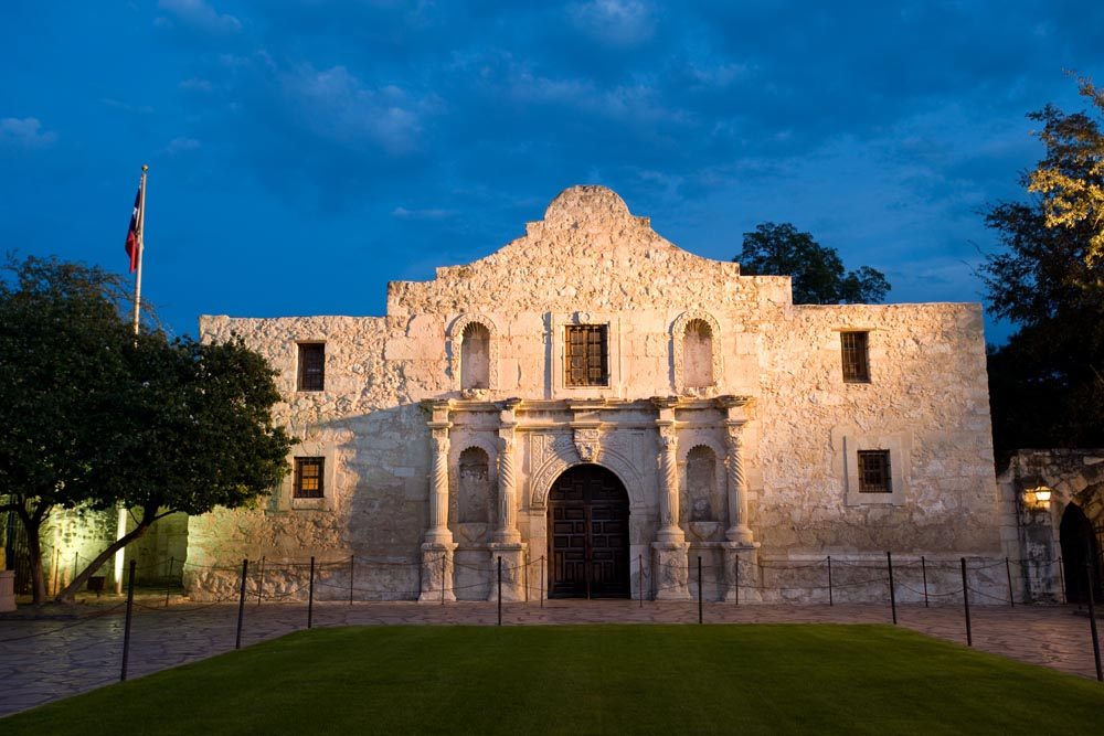 A Trip To The Alamo With Island Trader Vacations Reviews