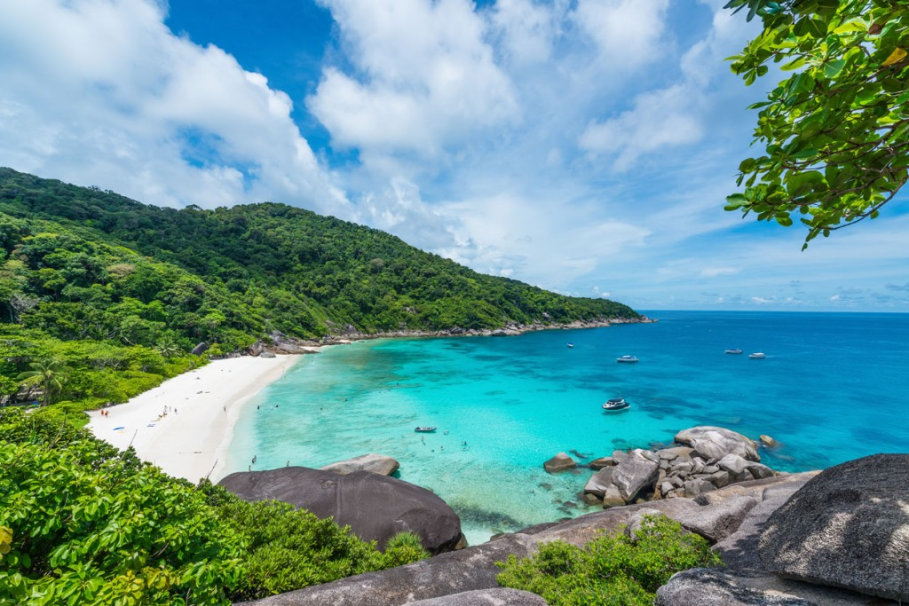 Island Trader Vacations Reviews 2 Of The Hottest Island Travel Destinations