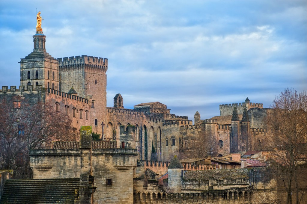 Island Trader Vacations Reviews A Day In Avignon