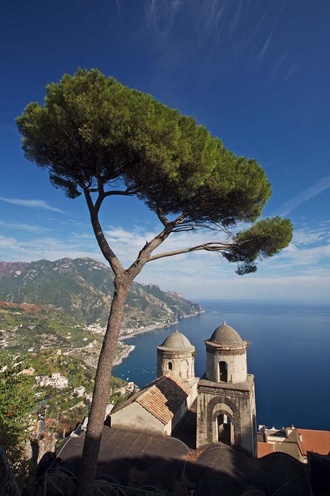 Island Trader Vacations Explores The Island of Ponza