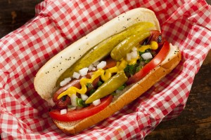 Island Trader Vacations Reviews the Best Dogs in Chicago